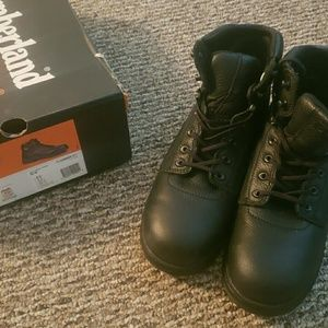 NIB Mens size 10 Black Timberland work boots